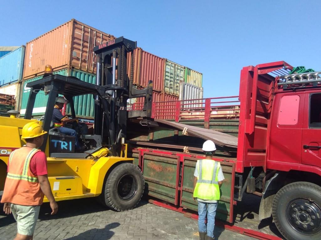 Ekspedisi pengiriman barang surabaya ke palopo