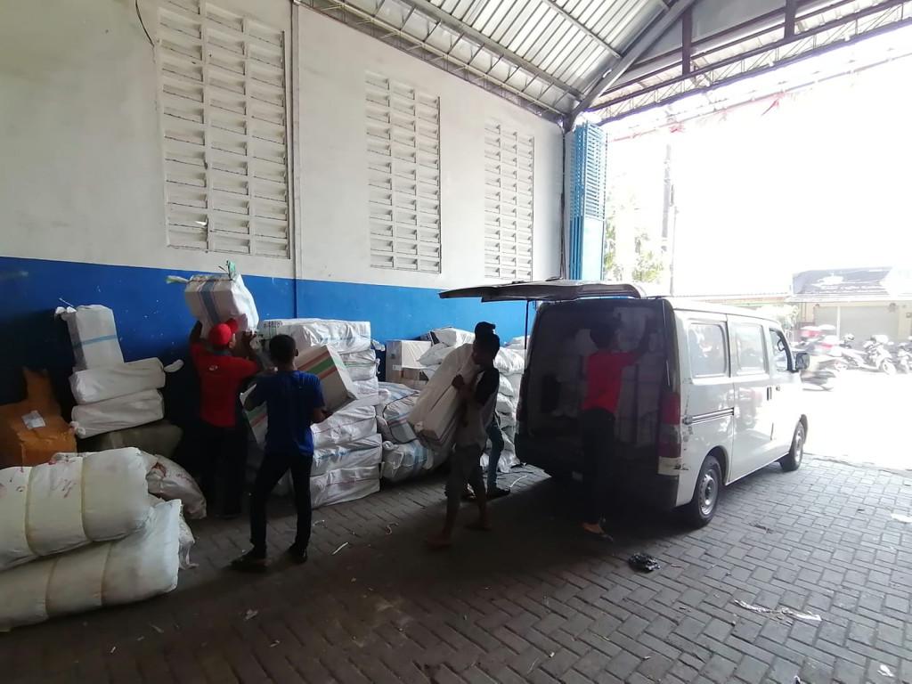 Tarif Jasa Ekspedisi Kediri ke Manado