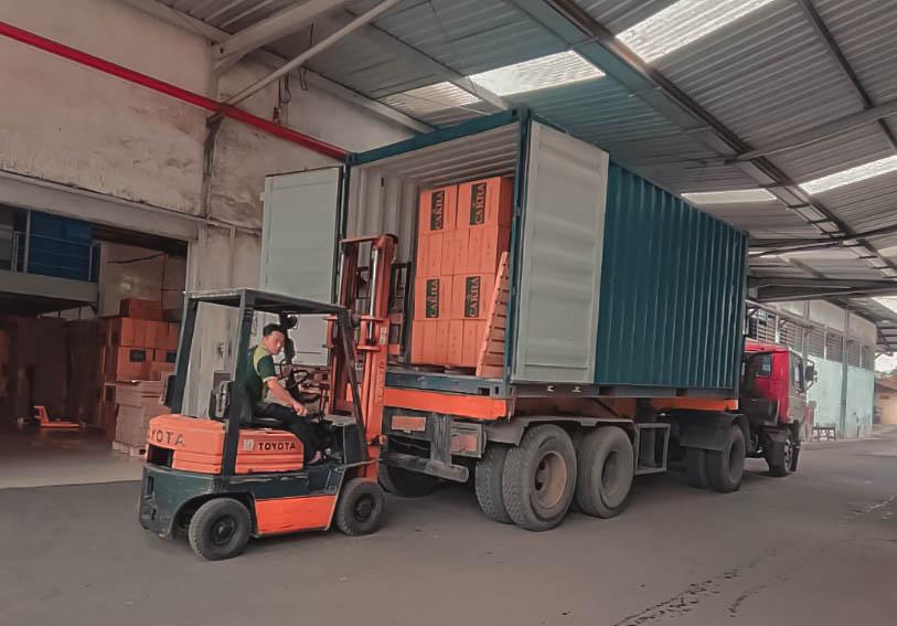Jasa ekspedisi via container murah dari Jakarta ke Maumere